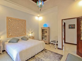 Room Morocco at Villa Anusky Bali. Breakfast included