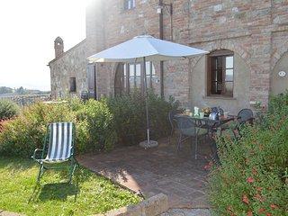 Appartamento con giardino privato in Toscana