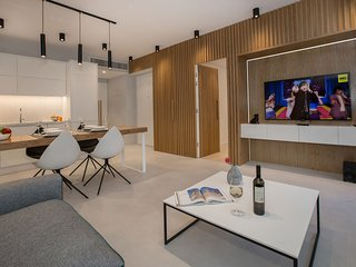 Acropolis Golden Suites | 1 by GHH