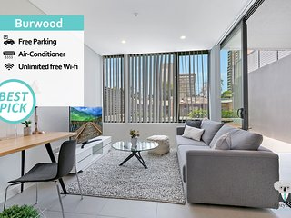 Burwood Amazing Brand NEW 2 Beds APT + FREE Parking NBU02A