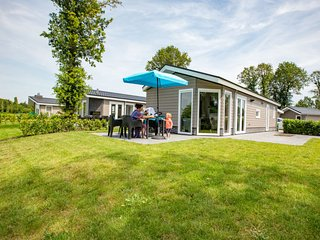 Loveren Holiday Home Sleeps 5 with Pool and WiFi - 5746003