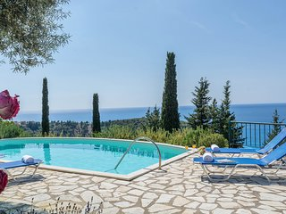 Agios Nikitas Villa Sleeps 6 with Pool and Air Con - 5826640