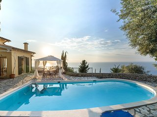 Agios Nikitas Villa Sleeps 6 with Pool and Air Con - 5826637