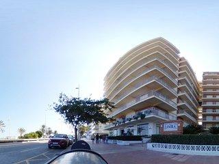 Preciosos Apartamentos Caracola en La PRIMERA LINEA  de Playa de Gandia