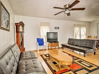 NEW! Lake Erie 'Beechaven' Retreat on the Strip!