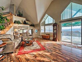 NEW! Hillside Home, Walk to Lake Tulloch's Shore!