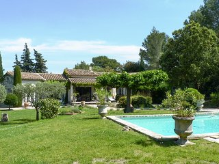 Fontvieille Villa Sleeps 8 with Pool and Air Con - 5825372