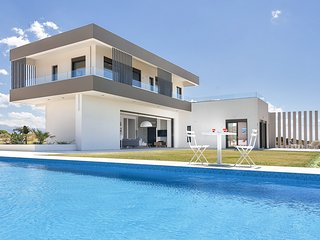 Stavros Villa Sleeps 10 with Pool and Air Con - 5825065