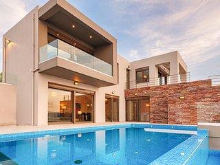 Kokkinon Khorion Villa Sleeps 10 with Pool and Air Con - 5825064