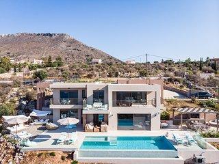 Kokkinon Khorion Villa Sleeps 12 with Pool and Air Con - 5825062