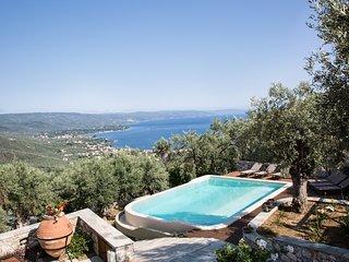 Ano Gatzea Villa Sleeps 8 with Pool and Air Con