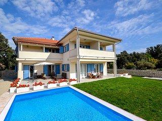 Suha Punta Villa Sleeps 10 with Pool and Air Con - 5822938