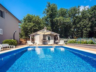 Gata Town House Sleeps 8 with Pool and Air Con - 5822923