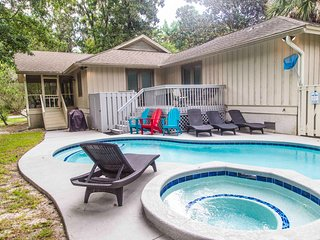 Island home near the beach w/ private pool & spa - golf nearby