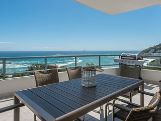 Clifton Apartment Sleeps 6 with Air Con - 5644712