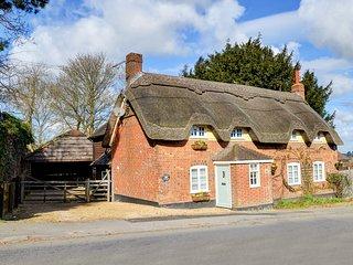 Wimborne Minster Villa Sleeps 8 - 5816620