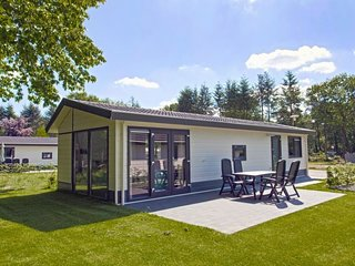 Driesprong Holiday Home Sleeps 5 with Pool and WiFi - 5746730