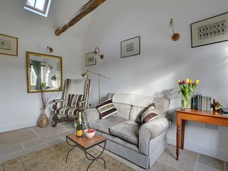 Chillenden Holiday Home Sleeps 2 with WiFi - 5038574