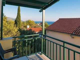 Apartments Maestral - Two-Bedroom Apartment with Partial Sea View