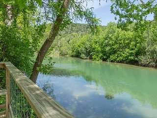 Guadalupe Riverfront home on River Road on 2 acres. Direct river access.