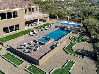 The Magnificent Mansion-*10 Bedroom* Scottsdale AZ Mansion in a Desert Paradise