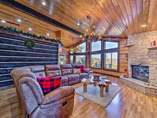 Mountaintop Paradise w/ Hot Tub, Game Room & Views