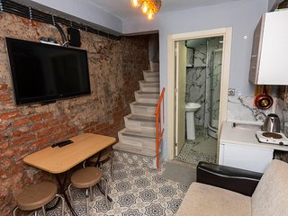 Spectacular & Historical | 2+1 House in Balat