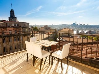 Amazing View Terrace | 15 Steps to Galata Tower