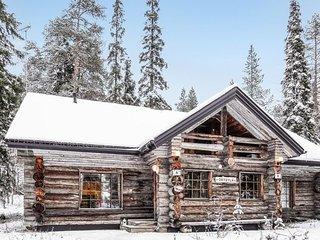 Tikkala Holiday Home Sleeps 8
