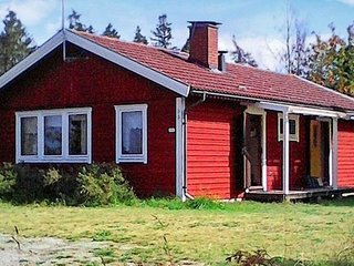 Alvedsjo Holiday Home Sleeps 4 - 5826046