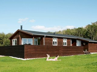 Vesterby Holiday Home Sleeps 8 with WiFi - 5042371