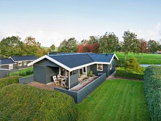 Sonderballe Holiday Home Sleeps 4 with WiFi - 5816042