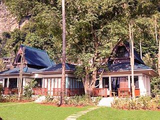 Railay Beach Villa Sleeps 5 with Pool