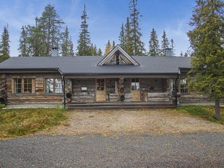 Ruka Holiday Home Sleeps 8 - 5473116