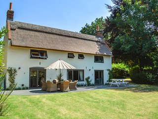 Panxworth Villa Sleeps 6 - 5818379