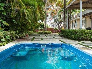 Beach House 4Bedrooms/3Baths With Pool Sleeps  14