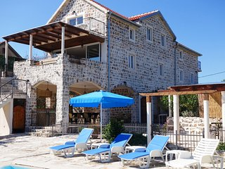 Tuzi Villa Sleeps 12 with Pool and Air Con