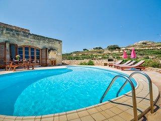Zebbug Villa Sleeps 6 with Pool - 5813776