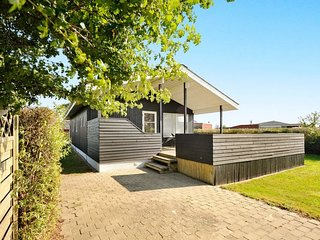 Neder Sonderby Holiday Home Sleeps 6 with WiFi - 5060268