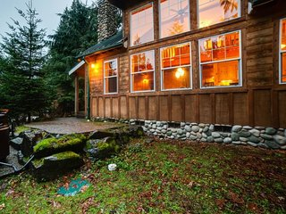 Glacier Holiday Home Sleeps 6 - 5027113