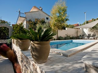 Holiday home Ingrid - Four-Bedroom Holiday Home with Outdoor Pool