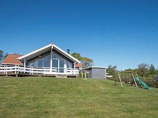 Gronninghoved Strand Holiday Home Sleeps 6 with WiFi - 5041701