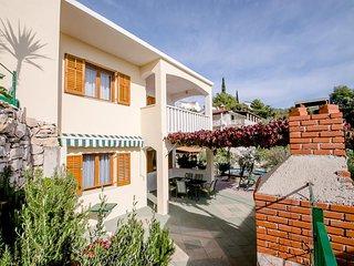 Two bedroom apartment Cove Ljubljeva (Trogir) (A-18052-a)