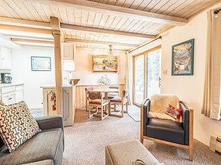 Updated Getaway w/ Ski Storage - Walk to Lifts at Taos Ski Village