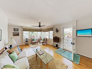 Beautifully Restored Cottage | AC in Bedrooms | 2 Blocks to Beach & Harbor