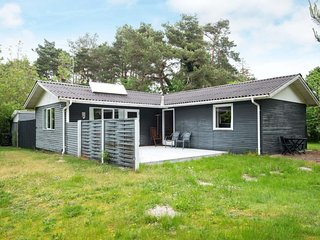 Strands Holiday Home Sleeps 6 with WiFi - 5042313