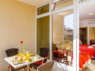 Apartments Subrenum - Premium Studio Apartment with Terrace and Sea View (S2)