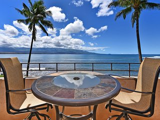 IS 210--Tranquil Direct Oceanfront Getaway-Right on the Water-Ocean Views