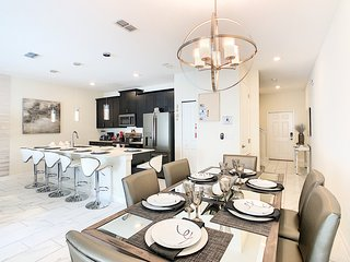 #SPECIAL OFFER - DI LUSSO - Luxury Townhouse (5 Min Disney and Outlets)