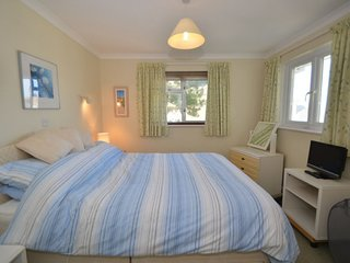 Inner Hope Holiday Home Sleeps 6 with WiFi - 5785076